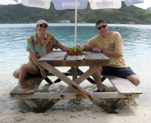 picnic on Huahine with fresh poissin cru on the menu!